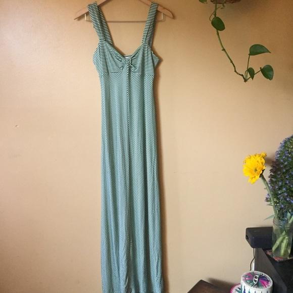Max Studio Dresses & Skirts - Max Studio Maxi Dress green Chevron stripe Sz M